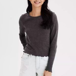 NEW American Eagle - Lettuce Edged Top